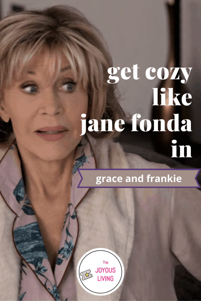 Looking for a new pajama set and robe? #graceandfrankie #janefonda #netflix #fashion #pajamas #robe #thejoyousliving #tv